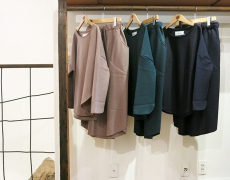 ironari / ○ニット / ○スカート